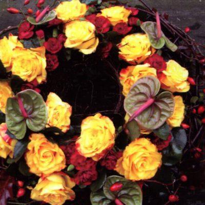 wieniec z róż