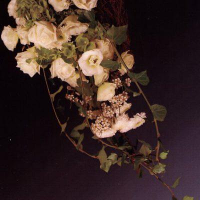 wiązanka z białych kwiatów